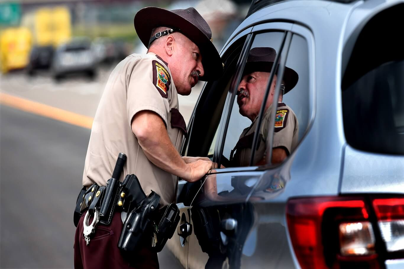 car that gets traffic ticket