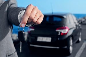 how far in advance to rent a car for best price