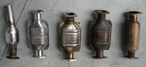 types of catalytic converter