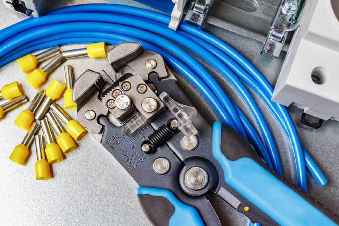 best wire stripping tool