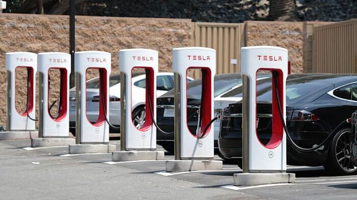 Types of Tesla Charging Station