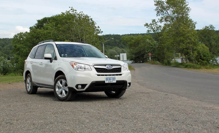 2016-Subaru-Forester-review-road