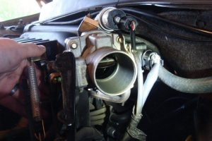 symptoms of a bad IAC valve