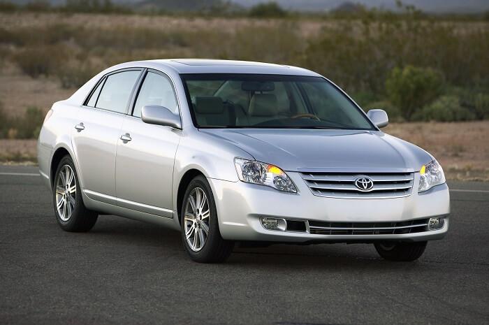 2010 Toyota Avalon for $9,500
