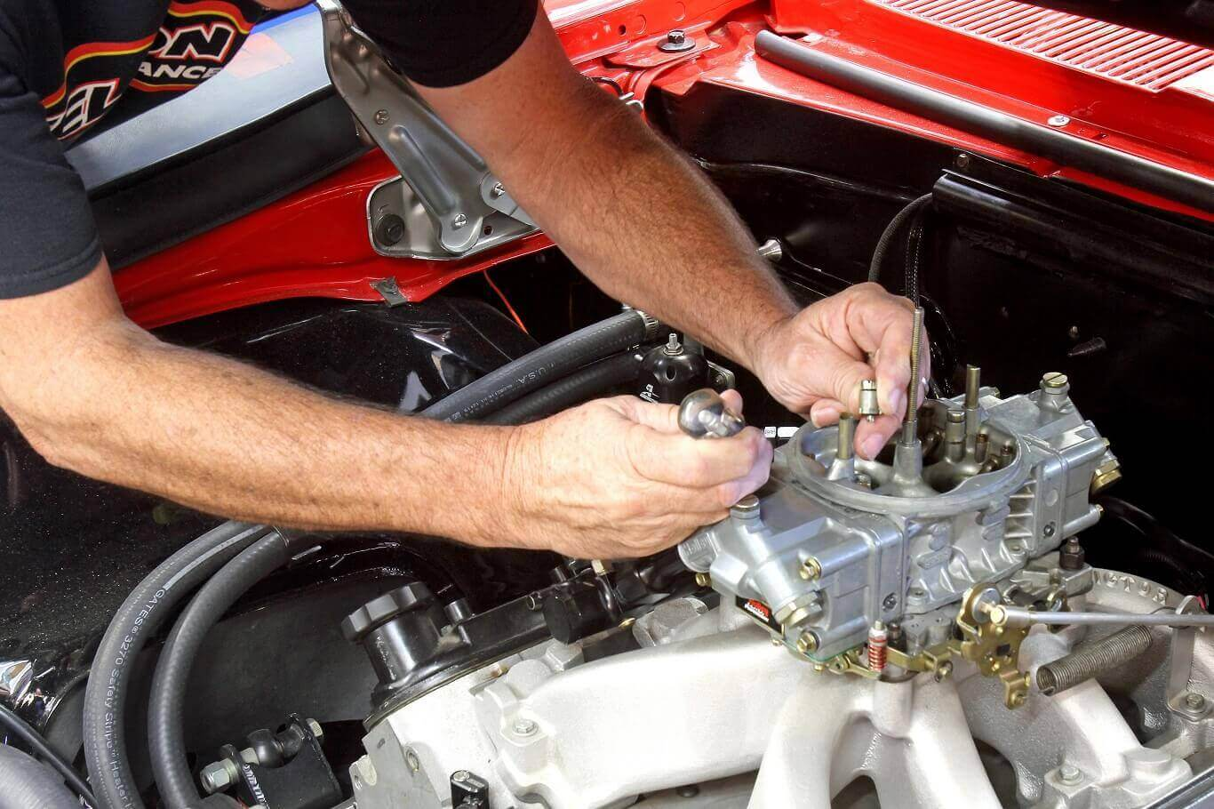 How to clean a car carburetor without removing it