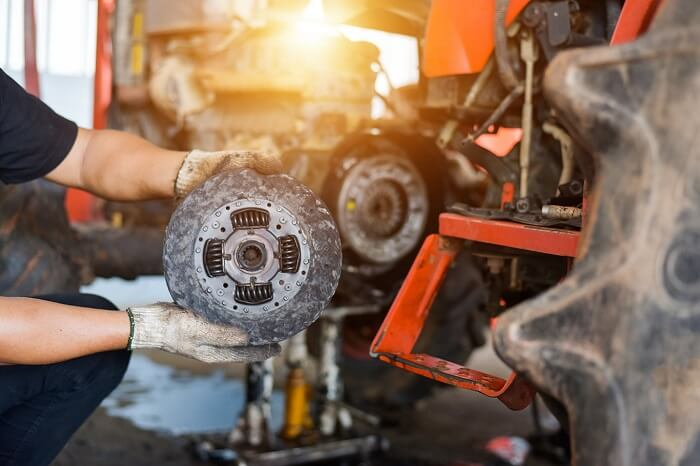 How to replace your clutch by yourself
