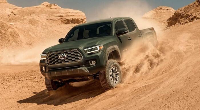 Toyota-Pickup-Trucks-2021