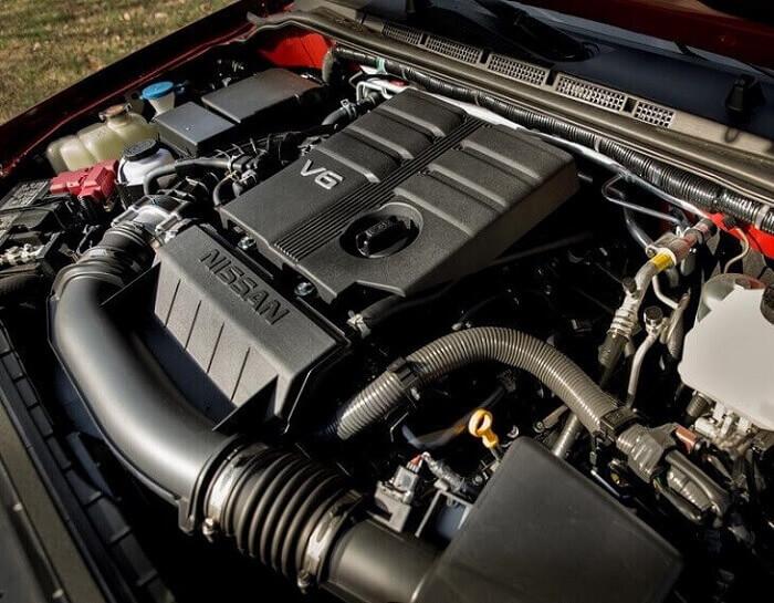 2022-Nissan-Frontier-Engine