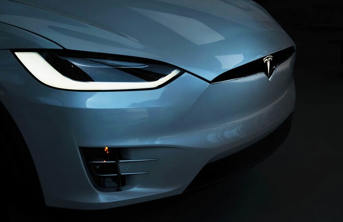 Used Tesla Model X review by car expert group