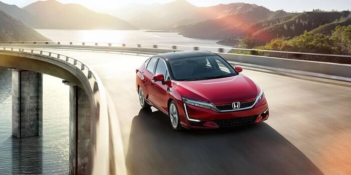 What are the benefits of hybrid cars