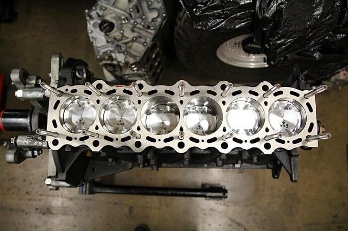 2JZ engine twin-turbo