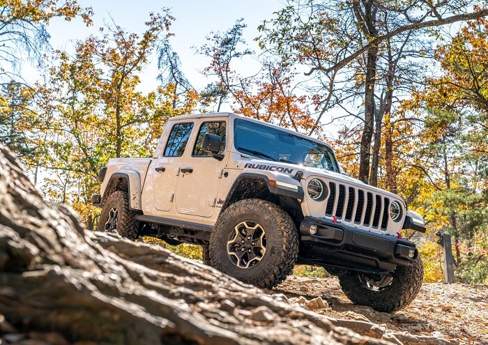 Why to Have A Mud Tire for Your Driving Needs